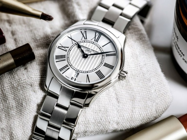НОВЫЕ ЧАСЫ LADIES CLASSICS QUARTZ ОТ FREDERIQUE CONSTANT