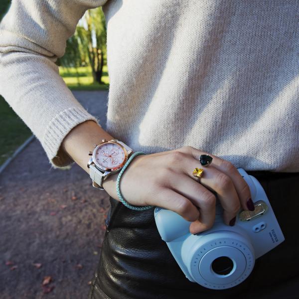 женские часы CELEBRITY 1306.0.19.16C